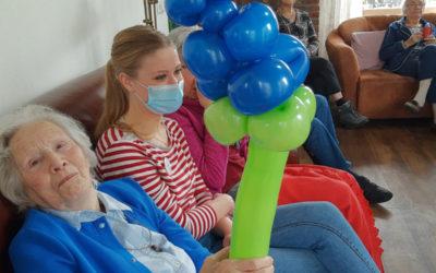 Ballonnenkunst op Zorgerf Buiten-land